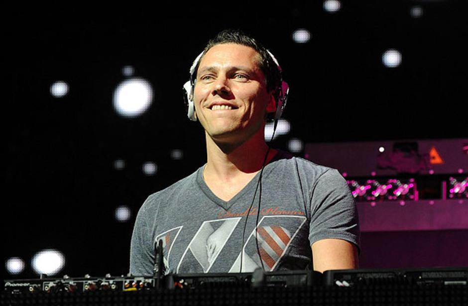 Световната мега звезда, уникaлният и неповторим DJ Tiesto отново в България