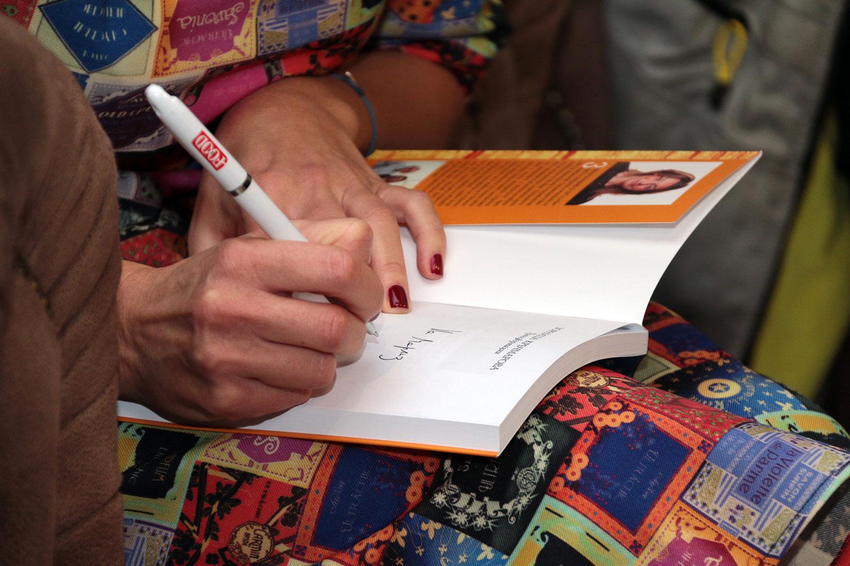 """ТРАНСФОРМАЦИИ. Скритото изкуство на Кристо и Жан-Клод"", Представяне"
