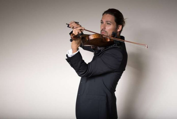 Звездният цигулар Дейвид Гарет с награда за цялостен принос към световната музикална сцена
