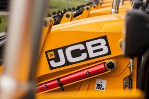 JCB6а